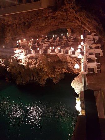 Ristorante Grotta Palazzese: Una vera delusione