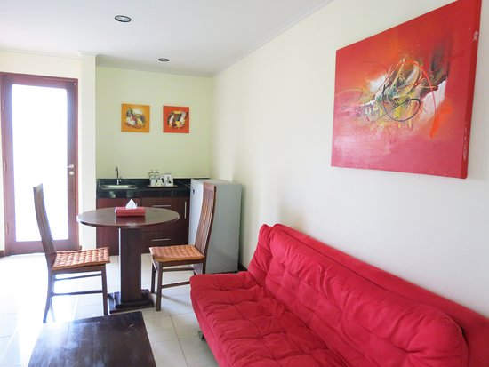 One Bedroom Upstair - Dining area