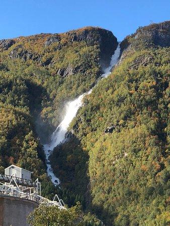 Hoyanger Municipality, นอร์เวย์: Waterfall
