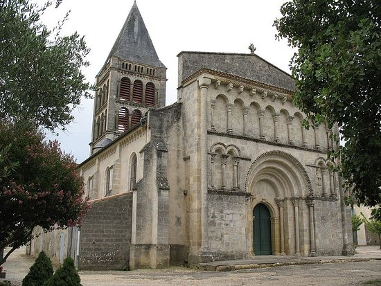 Aillas, Frankrike: Eglise templière Notre-Dame