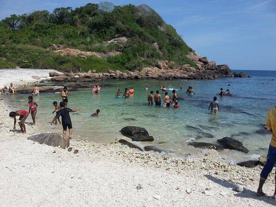 Sunbird Lanka Tours & Travels: Pigeon Island