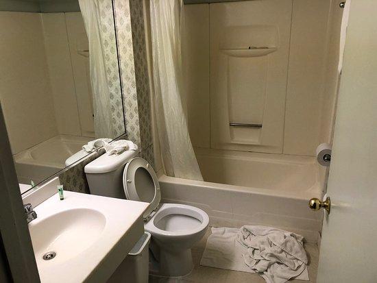 Fantastic Caravelle Inn Suites Ab 80 104 Bewertungen Fotos Pabps2019 Chair Design Images Pabps2019Com