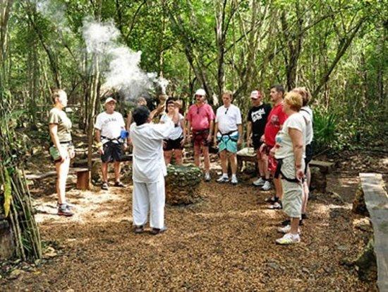 Maxcanu, เม็กซิโก: Oxkintok & Calcehtok Tours Serenity Of Maya Purification & Caves & Sauna, Merida Yucatan Tours