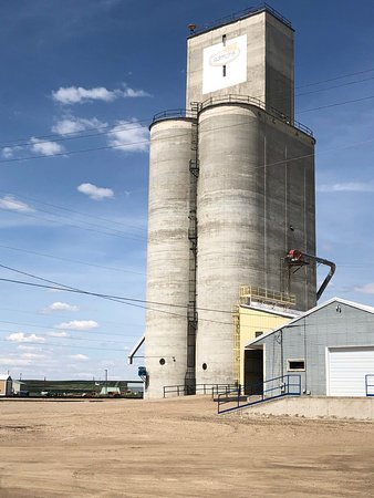 Graineries in Big Sandy, Montana.