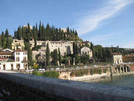 Province of Verona, Italia: The Adige is the second longest river in Italy after the Po. Beautiful scenery