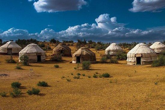 Eventyr til Yurt Camp i Aydarkul...