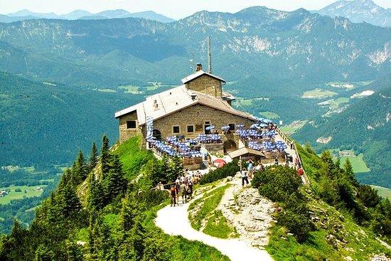 Berchtesgaden By og Bjerge og Ørnenes...