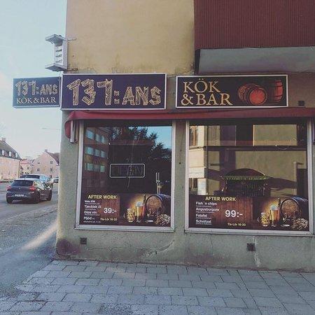 137:Ans Kok & Bar