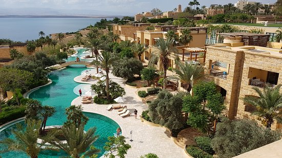 """Villas and """"lazy river"""" pool"""