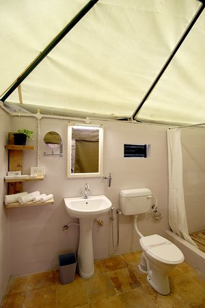 Magnifying Mirror, Shaver socket Custom made bath accessories Custom made towels, Bathroom slipp