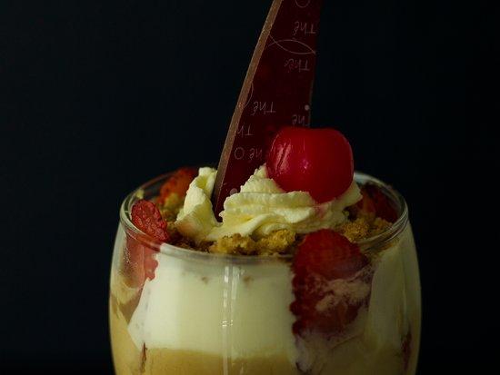'Parfait, el postre perfecto' es nuestro delicioso #PostreAlPlato para esta quincena. Dulce de leche combinado con Ganache de maracuyá y trozos de pudín de naranja. Encuéntralo hasta el 31 de mayo en Lucerna Pereira Centro y Lucerna Armenia.