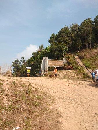 Pilok, ไทย: Myanmar border