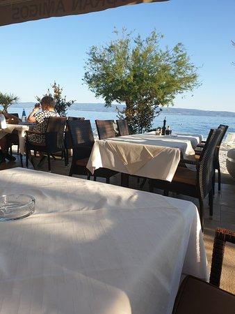 Pansion-Restaurant Amigos: Es ist immer wieder in Erlebnis! Im positiven natürlich.