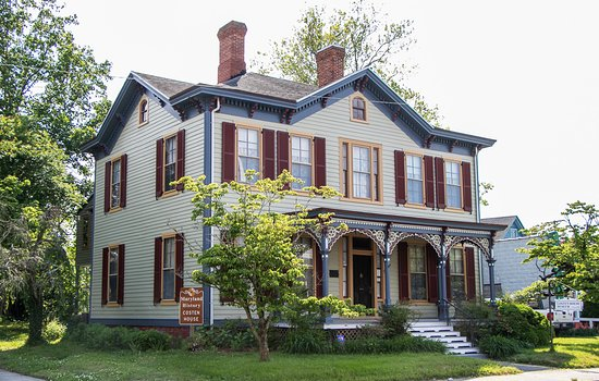 Pocomoke City, MD: Front view of the Costen House Museum built in 1871.