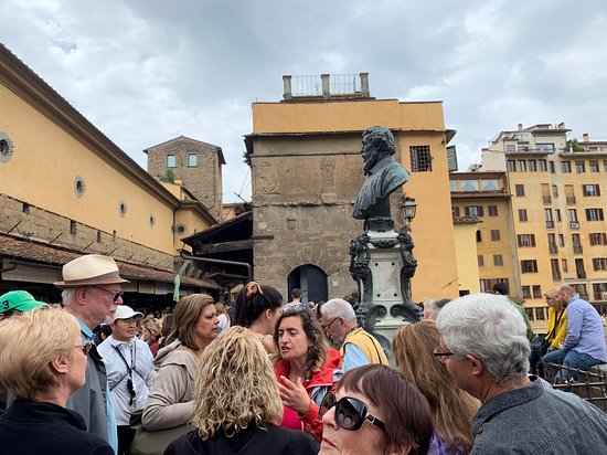 Touring Florence with a local CBM tour guide