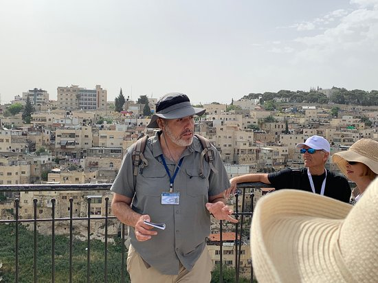 Yoav Shiloah - Licensed Tour Guide in Israel