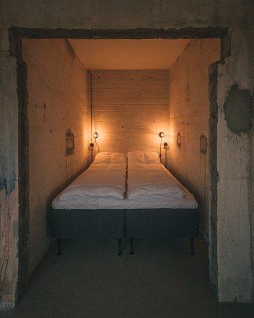 Trevarefabrikken: The Big Loft - Bedroom inside industrial elevator shaft.