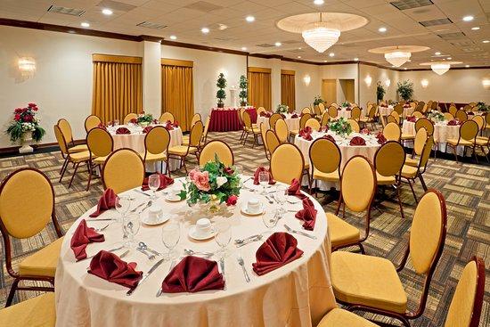 Totowa, NJ: Ballroom