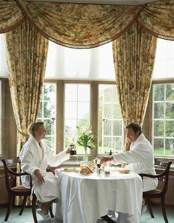 Tylney Hall: Guest room