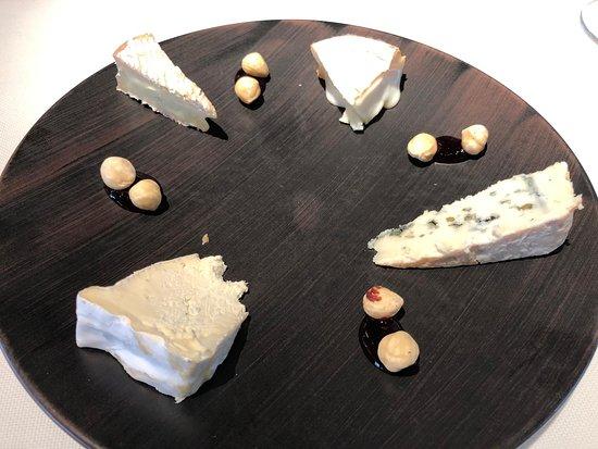 Cheese platter as a dessert