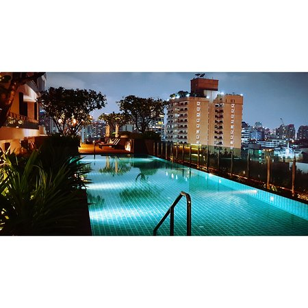 It is a wonderful view at akyra Thonglor Bangkok swimming pool