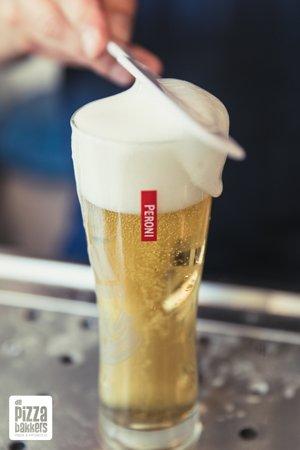 Heerlijk Peroni biertje