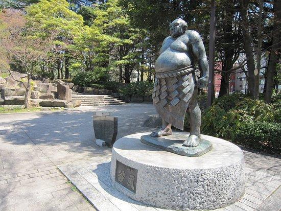 Life-size Statue of Kajinosuke Tanikaze
