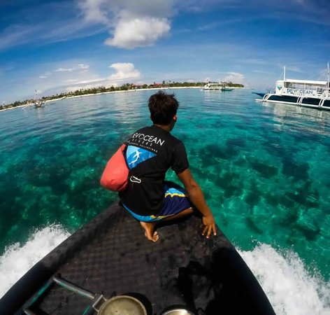 Malapascua Island, Filippijnen: Dive guides 'on point'