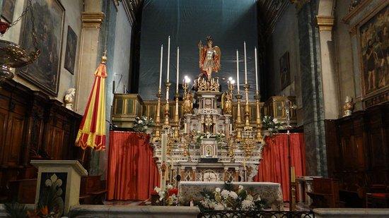 Basilica St. Michel: le maître autel
