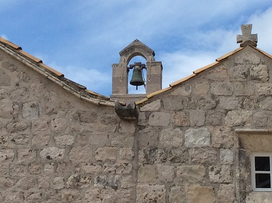 Elaphite Islands Karaka Cruise from Dubrovnik with Buffet Lunch and Snorkeling: Beautiful buildings