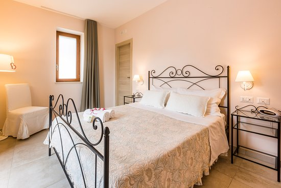 Casa Clementina: Vervece (double room with garden view)
