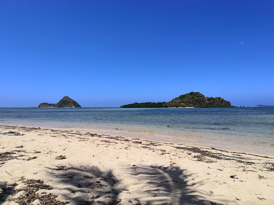 Busuanga Island, Philippines: Islands next to Lakdayan Beach