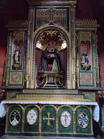 Real Monasterio de Santo Tomás: В церкви