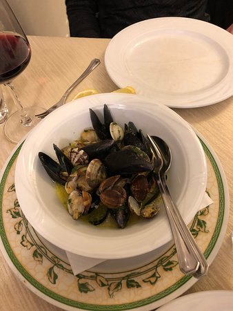 Mareluna: Clams and mussels