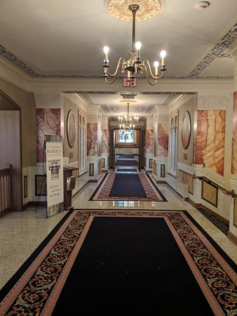 Basilica of St. Josaphat: Hallway from visitor center to worship space