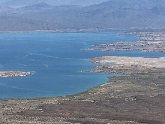 Sundance Helicopters: Lake Mead