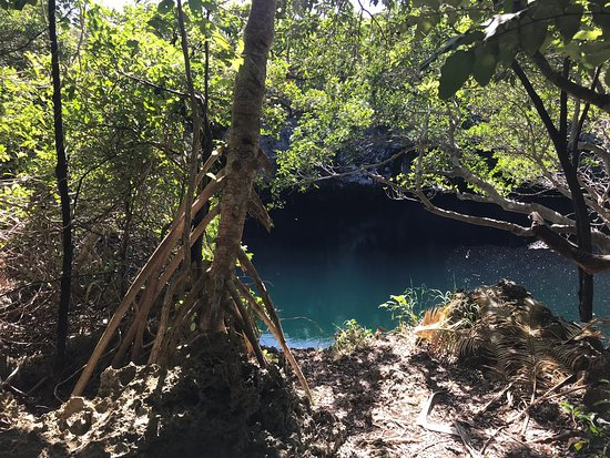 ‪Blue Hole of Hanawa‬