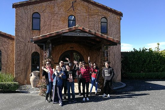 Matakana Market and Wineries Tour fra...