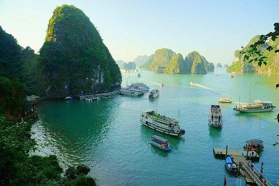 Halong Bay day tour 4 hours Cruise from Hanoi city with luxury van