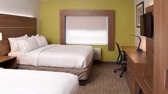 Holiday Inn Express Mt. Pleasant-E Huntingdon: Guest room