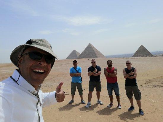 Private Tour to Giza Pyramids and The Egyptian Museum: Giza Pyramids