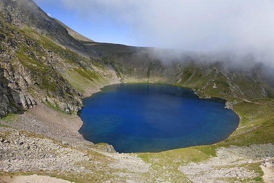 七個里拉湖到里拉修道院引導了Trek