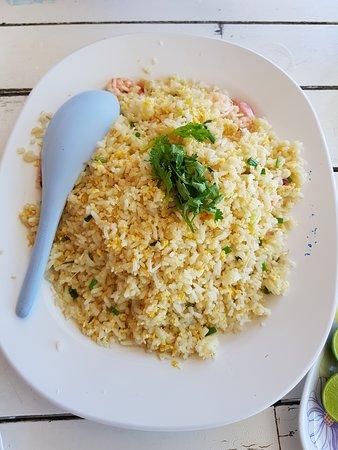 Krua Ban Kru: Fried rice with prawns