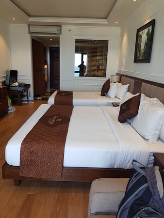 Supreme hotel with beautiful sea views.