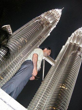 Petronas Twin Towers , Kuala Lumpur , Malaysia 🇲🇾