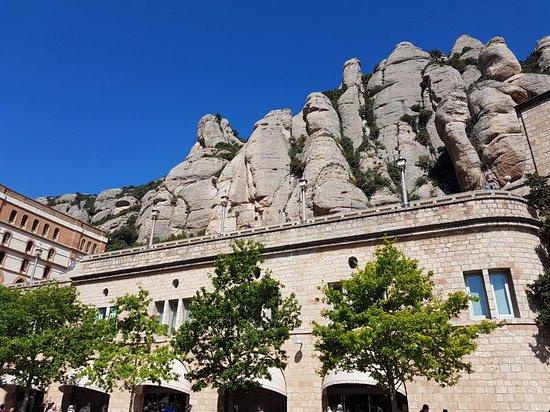 Montserrat, إسبانيا: Montserrat