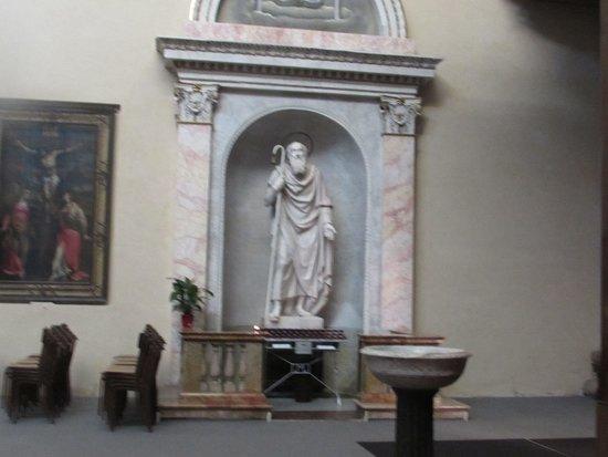 statua di S. Antonio Abate