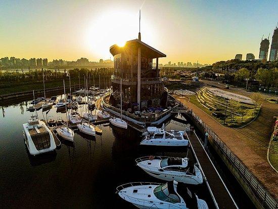 Seoul Marina Club & Yacht