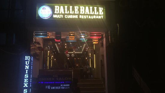 Balle Balle: View from outside