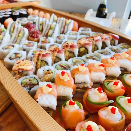 Sushi Boat! Best Center piece for your party.